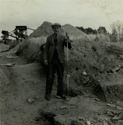 1939, Basil Brown, a museum assistant from Ipswich Museum digging at the mounds in Sutton Hoo