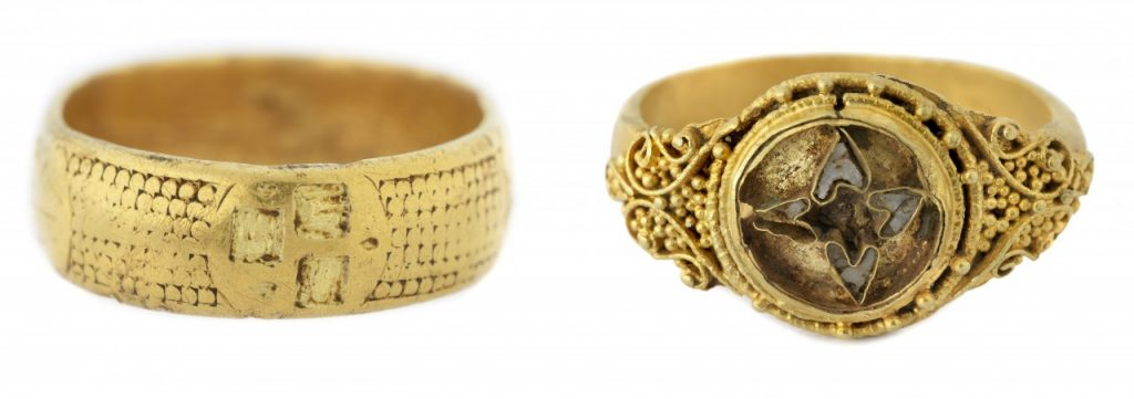 Gold Decade Ring and Anglo-saxon Gold Ring ©Saffron Walden Museums_Image Credit Douglas Atfield